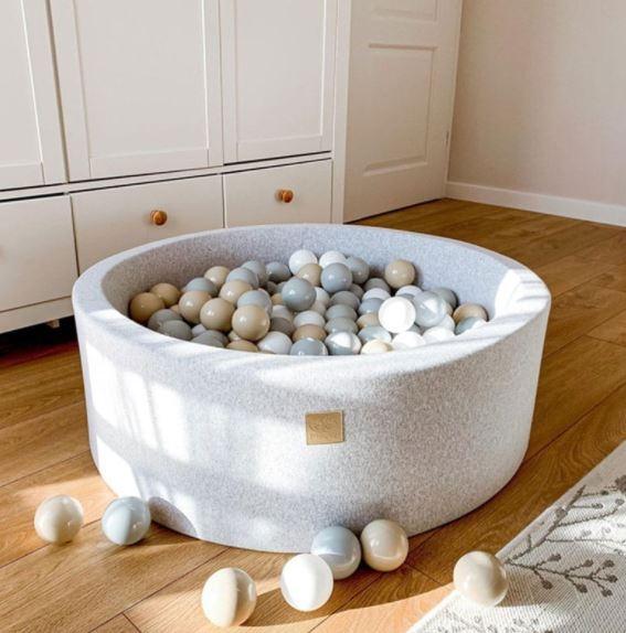 MeowBaby Bällebad 90x40cm hellgrau mit 300 Bällen zum selber Gestalten nach Wunsch
