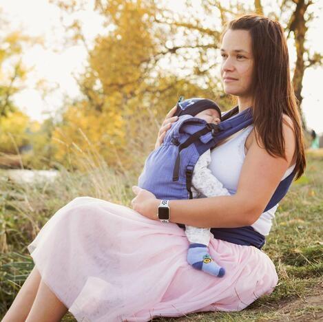 Storchenwiege Babytrage BabyCarrier flieder