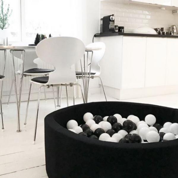 MeowBaby Bällebad 90x40cm schwarz mit 300 Bällen aus eigener Farbmischung